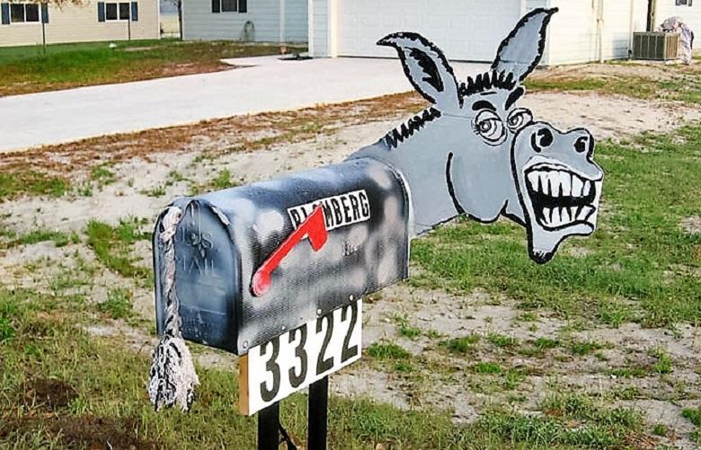 Αστεία γραμματοκιβώτια