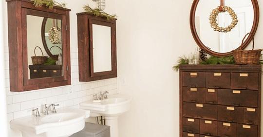 Πώς να διακοσμήσετε ένα μπάνιο για τις γιορτές των Χριστουγέννων;