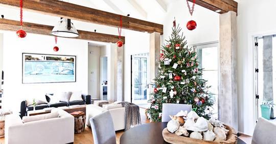 Μινιμαλιστικές ιδέες για τη Χριστουγεννιάτικη διακόσμηση!